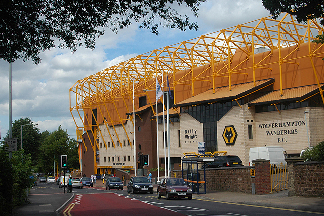 Vista externa do Molineux Stadium